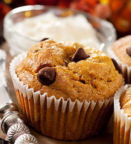 pumpkin chocolate chip breakfast muffins