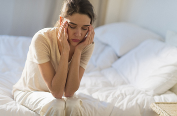 Headaches, especially those that strike in the early morning or on waking up, can signal a brain tumor, according to a UC Irvine Health brain specialist.