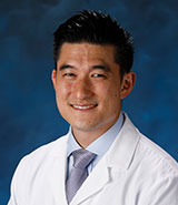 Dr. Steven Yang, UCI Health orthopaedic surgeon