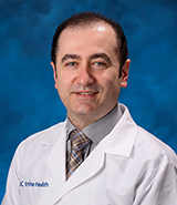 UC Irvine Health physician Yashar Eshraghi specializes in anesthesiology and pain management