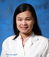 Dr. Wendy Ng is a UC Irvine Health plastic surgeon who specializes in microsurgery, hands and upper extremities.