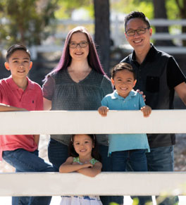 pancreatic cancer survivor karalayne maglinte and her family